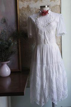 $20  Vestido ophelia. via Bahía, confecciones, recuerdos y puestas de sol.. Click on the image to see more!
