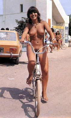 Live naked,enjoy life Cyclists, Sophie Marceau, Female Cyclist, Lady, Cycling Girls, Bicycle Girl, Nude Beach, Biker Girl, Kim Kardashian