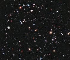 Hubble Deep Field [u/evantide]100s of galaxies seen through the Hubble Deep Field (HDF), as they were 10 billion years ago.