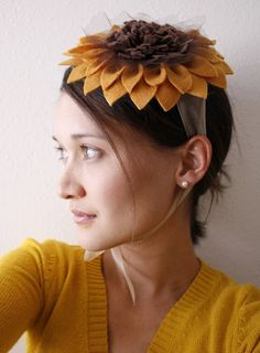 Sunflower hat. Great costume idea for those of us who don't like dressing up