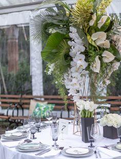 A Votre Service Events | Wedding Planner & Florist in NYC, NJ, Hamptons - Floral Wedding, Wedding Colors, Wedding Greenery, Sands Point Preserve, Wedding Planner, Destination Wedding, Wedding Stage Backdrop, Floral Event Design, Wedding Weekend