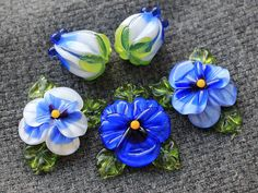 Handmade Lampwork Beads  Set of 5 Glass BeadsSculpted Pansy