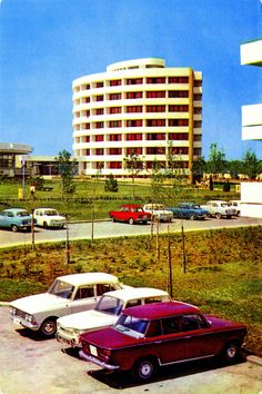 Postcard from Romania, Mangalia Nord, Jupiter, featuring DACIA 1100 (x4), FIAT 1300 (x2) , MOSKVITCH / Москвич 403 (x2) + 408, ŠKODA 1000MB Black Sea, Eastern Europe, Fiat, Time Travel, Golden Age, Art Images, Classic Cars, Freedom, Motorcycles