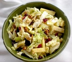 Slaw with cabbage, apples and dried cranberries