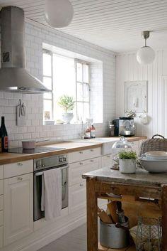 Norwegian cottage kitchen      ᘡղbᘠ