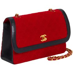 Chanel Women's Vintage Red Quilted Jersey Flap Medium - Red (£1,585) ❤ liked on Polyvore featuring bags, handbags, red, vintage leather handbags, genuine leather handbags, quilted leather purse, vintage handbags and chain handle handbags