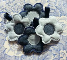 Little flowers Jeans for keychain