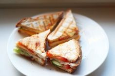 Net wat anders dan een tosti: een club sandwich maken. Heel lekker!