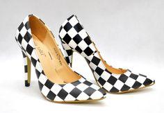 Szachownica, Bonita Pumps, Heels, Fashion, Heel, Moda, Fashion Styles, Pumps Heels, Pump Shoes, High Heel