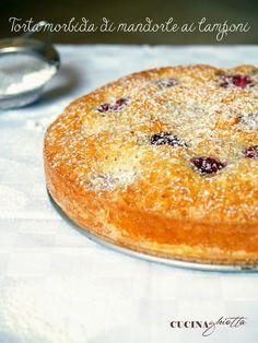 http://www.cucinaghiotta.it/2014/06/torta-mandorle-e-lamponi.html