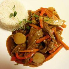 Asian Recipes, Ethnic Recipes, Pot Roast, Nom Nom, Food Porn, Food And Drink, Beef, Mad, Dinner