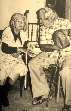 Cora Coralina e Jorge Amado em 1981. Veja também…