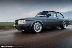 Turbo Bricking It: Riding In A Volvo - Speedhunters Volvo Wagon, Volvo Cars, Audi Cars, Best Midsize Suv, Best Compact Suv, Toyota Rav4 Hybrid, Audi Allroad, Volvo 240, Mid Size Suv