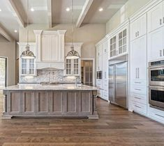 Awesome Rustic Farmhouse Kitchen Cabinets Décor Ideas Of Your Dreams (125)