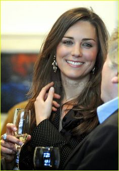 HRH THE DUCHESS OF CAMBRIDGE. What a great photo.