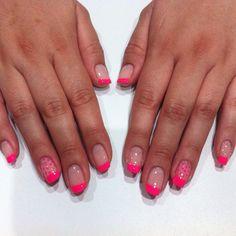 Cute neon French mani for summer @nail @nails @nailart @nailartproject @nailartparaprincipiantes