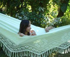 Mooie pastel groene Clarrisimo hangmat Outdoor Furniture, Outdoor Decor, Hammock, Home Decor, Decoration Home, Room Decor, Hammocks, Home Interior Design, Hammock Bed