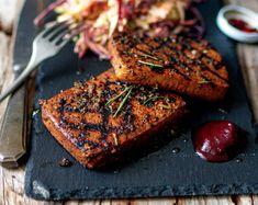 Peppered Tofu Steaks [Vegan] - One Green PlanetOne Green Planet Tofu Recipes, Grilling Recipes, Whole Food Recipes, Vegetarian Recipes, Vegetarian Steak, Vegan Grilling, Grilled Tofu, Marinated Tofu, Steaks