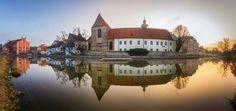 Popular on : Ceske Budejovice by PetrKubat Most Beautiful Pictures, Beautiful Places, European Countries, Czech Republic, Best Hotels, Prague, Travel Destinations, Around The Worlds, Explore