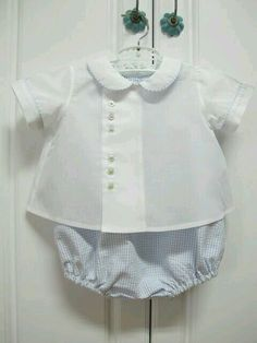 Old Fashion Baby Clothes Love the romper and diaper shirt, really sweet. Sewing For Kids, Baby Sewing, Baby Boy Outfits, Kids Outfits, Frocks And Gowns, Vintage Baby Clothes, Heirloom Sewing, Children's Boutique, Unisex