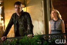 """The Originals -- """"From a Cradle to a Grave"""" -- Image Number: OR122b_0269.jpg -- Pictured (L-R): Joseph Morgan as Klaus and Leah Pipes as Cami -- Photo: Annette Brown/The CW -- © 2014 The CW Network, LLC. All rights reserved."""