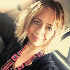 Meu new hair by @paulasilvahair do @mulhercheirosaoficial. Sabe aquela vontade de mudar e saber que tem uma profissional top que realiza igual ao da referência! É muito bom! A base é bem reta e o comprimento bem curto! ❤️