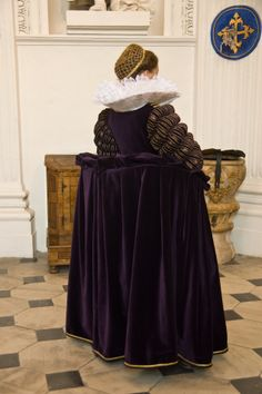 Tailor's - Catany, Dress of Marie de Medici, part 4