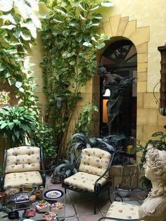Patio interior en una casa de la Calle de la Fortaleza, San Juan, Puerto Rico