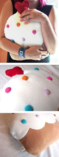 cupcake pillow, I want to make this it's so cute !!!