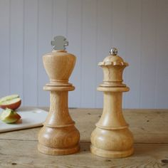 These King and Queen salt and pepper mills remind you of the two strongest assets you have when playing Chess. These super cool salt shakers are made out of natural rubber wood with ceramic grinding mechanisms.  Not to mention that these aren't just shakers, they're mills. You can have fresh ground pepper on anything you want. No bunched up clumps ruining your meals!  Please allow 1-2 weeks for delivery.