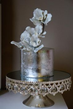 Silver leaf orchid cake by Style Me Sweet Cakes Metallic Cake, Silver Cake, Gorgeous Cakes, Pretty Cakes, Amazing Cakes, Tea Cakes, Cupcake Cakes, Cupcakes, Orchid Cake