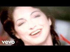 Gloria Estefan - Christmas Through Your Eyes - YouTube