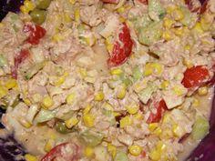 Salade composée sauce coktail Ingrédients 1 boîte de Maïs égouttés 1 boîte de coeur de palmier 1 boîte de thon au naturel 6 grosses tomates cerises 1/2 concombre 50gr d'olives vertes sauce 75ml de lait concentré non sucré 200ml d'huile 1 grosse cuil à...