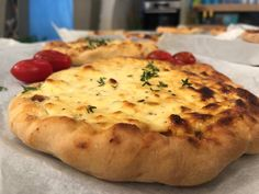 search - www. Cheese Pies, Savory Tart, Food Art, Nutella, Recipies, Oven, Rolls, Cooking Recipes, Pizza