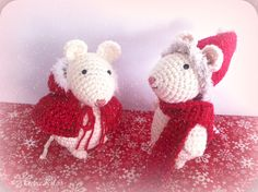 como hacer ratoncitos amigurumis navideños a crochet Holiday Crafts, Holiday Decor, Crochet Mouse, Crochet Handbags, Xmas, Christmas Ornaments, Christmas Knitting, Stuffed Animal Patterns, Crochet Animals