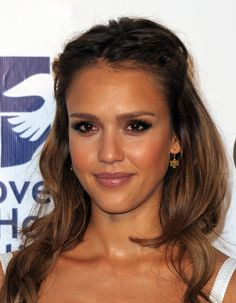 Jessica Alba half up do