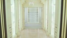 Carries walk in closet from sex and the city movie..love to own one too