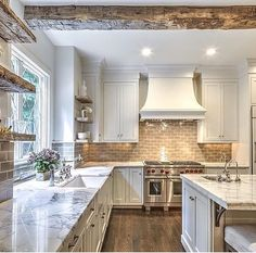 23 Rustic Country Kitchen Design Ideas to Jump Start Your Next Remodel - The Trending House Küchen Design, Home Design, Layout Design, Design Ideas, Interior Design, Design Inspiration, Kitchen Inspiration, Wall Design, Design Trends