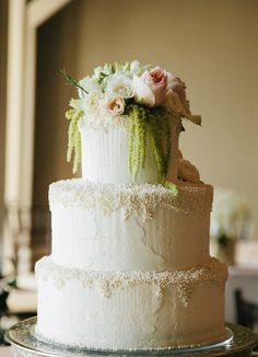 Beautiful cake with flowers by Blossom Sweet.