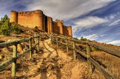 Place: Castillo de Davalillo, San Asensio / La Rioja, #Spain. Photo by Josepargil (flickr.com)