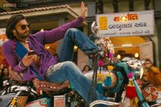 Here is the new number from Ramleela, 'Tattad Tattad' feautring Ranveer Singh. This movie directed and produced by Sanjay Leela Bhansali, also stars D. Hindi Movie Song, Movie Songs, Hindi Movies, Sanjay Leela Bhansali Movies, Ladies Vs Ricky Bahl, New Number, Box Office Collection, Latest News Headlines, Ranveer Singh