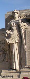 Le monument aux morts de Versailles
