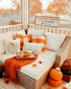 Fall Bedroom Decor, Fall Home Decor, Autumn Home, Autumn Fall, Winter, Halloween Bedroom, Halloween Home Decor, Fall Halloween, Halloween Season
