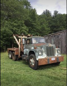 Vintage Trucks, Old Trucks, International Harvester Truck, Heavy Duty Trucks, Tow Truck, Ih, Semi Trucks