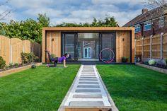 Trendy Home Gym Shed Decor Outdoor Garden Rooms, Outdoor Gym, Shed Decor, Home Gym Decor, Backyard Office, Backyard Sheds, Garden Office Uk, Dream Home Gym, At Home Gym