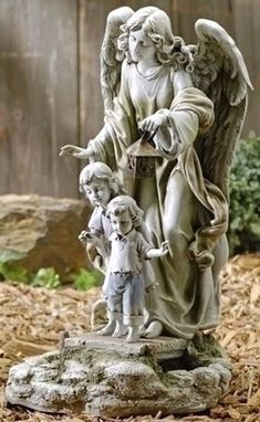 Guardian Angel with Children Solar Light Up Garden Statue Angel Figurine