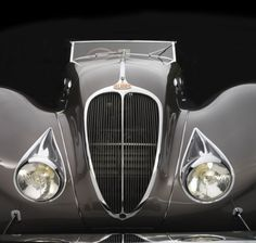 Sensuous Steel : Art Deco Automobiles: The magnificent 1937 Delahaye Roadster, described as a 'Paris Gown on wheels' was designed by Figoni & Falaschi, a 'Couturier of the automobile' and featured a stunning leather interior by Hermés. Deco Cars, Art Deco Car, Jaguar, Vintage Cars, Antique Cars, Roadster, Hot Cars, Exotic Cars, Concept Cars
