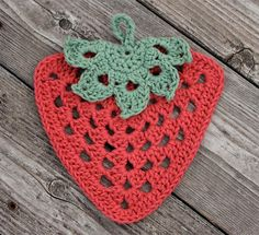 Crochet this dishcloth using Lily Sugar'n Cream yarn. ~ **Free Crochet Pattern**