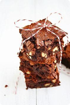 Gluten Free Fudgy Pecan Brownies. #food #brownies #gluten_free