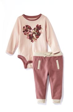 We heart this bodysuit and joggers set for baby. There's nothing cuter than seeing your bundle of joy all bundled up and rosy-cheeked in powder pink. Kids Fashion Wear, Emma Marie, Kid Outfits, Momma Bear, Baby Princess, Babies Clothes, Powder Pink, Kid Styles, Baby Girl Dresses